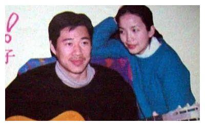 张丰毅花50块钱,把吕丽萍娶回家,回到家就嫌吕丽萍不打扮太邋遢