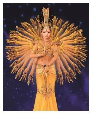 曾领舞《千手观音》的邰丽华,被富豪追求8年,如今过成这样