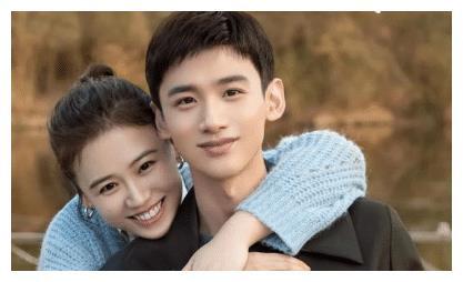 扑克脸演活邢克瑶,与马思纯是闺蜜,40岁的张瑶不简单
