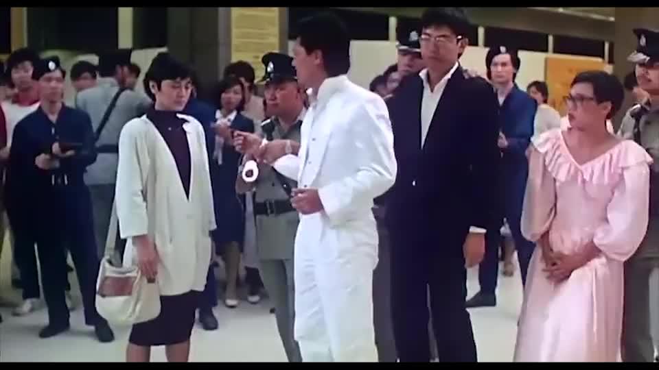 当陈百祥遇上吴孟达,两大喜剧高手对戏,太搞笑了