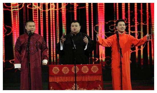 全员排队撕郭麒麟,却争相亲岳云鹏,两位德云一哥上综艺高下立现