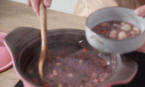 快速煮粥小妙招,十几分钟搞定,大寒天气喝点它暖心暖胃~