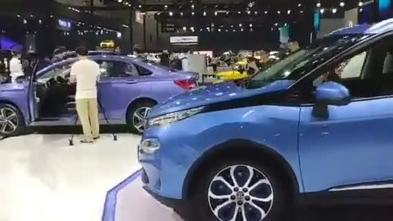 视频:广州车展北汽EX3登场,续航里程476