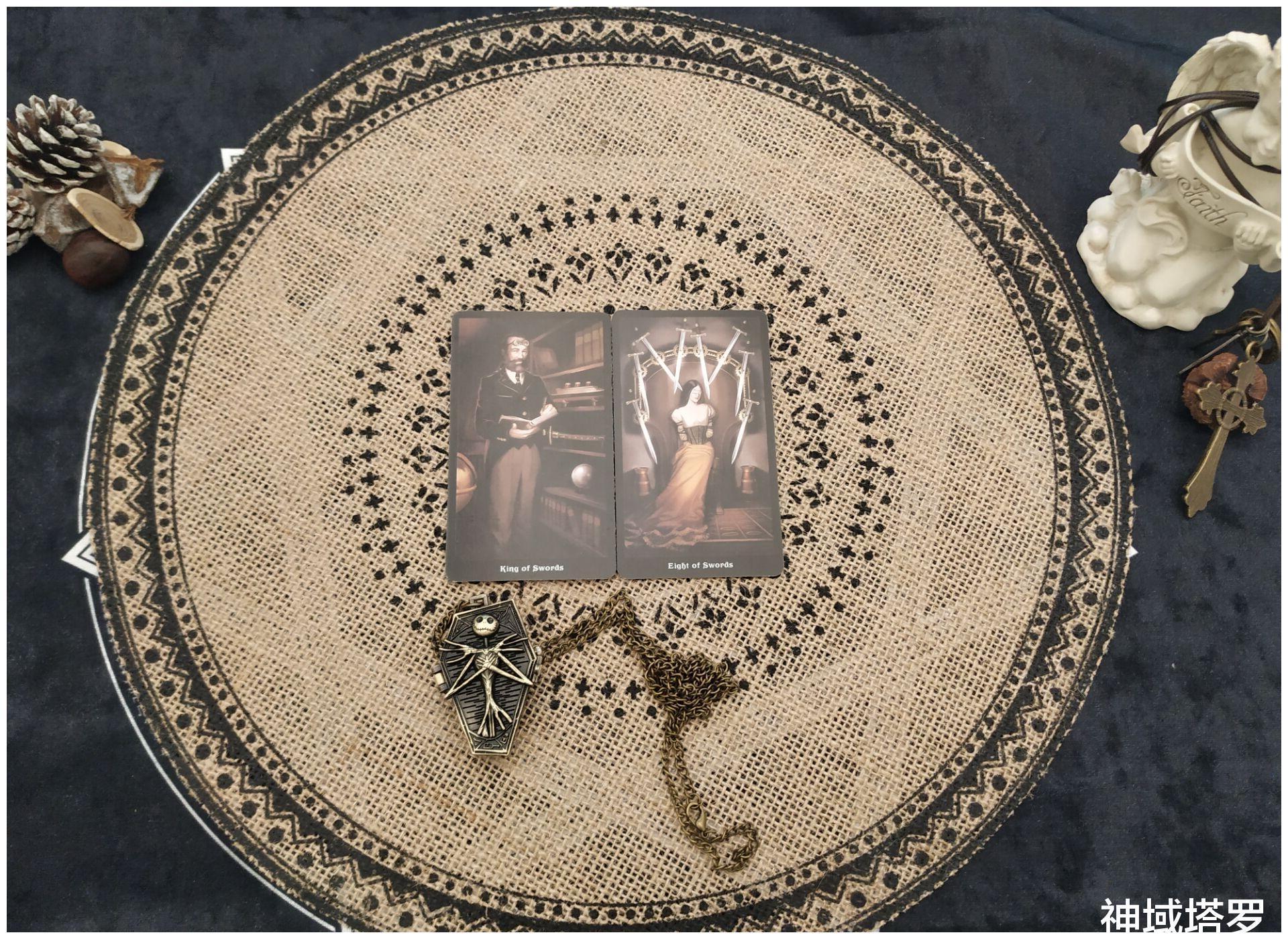 神域塔罗:巨蟹座6月上半月运势:业力的牵引,世俗的限制