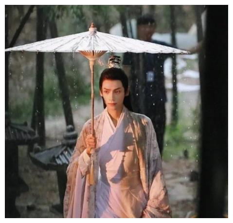 《天官赐福》选角:刘宇演谢怜呼声高,看了他古装照更像魏无羡