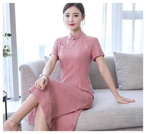 今年流行复古中国风,旗袍连衣裙时尚又时髦,太美了!