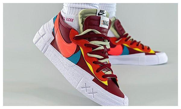 KAWS x sacai x Nike Blazer Low 三方联乘鞋款最新谍照释出