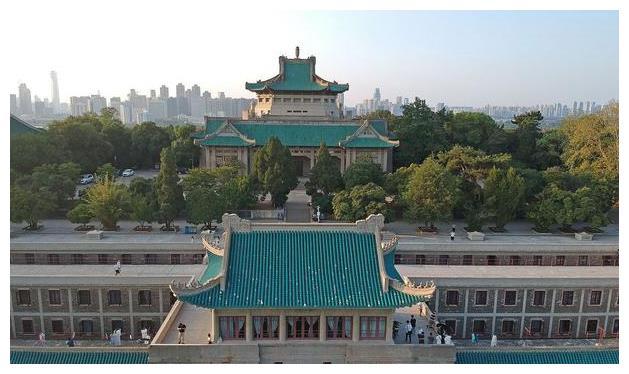 武汉大学本科生读研人数最多的6所高校,北大排第二,人大排第六