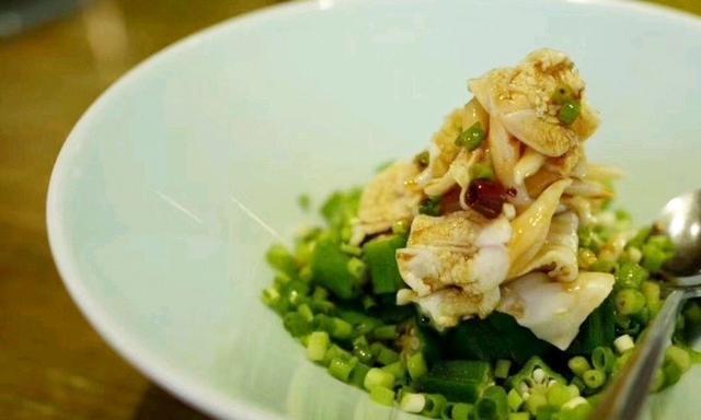 葱香鸟贝拼秋葵、味道铁棍山药、海盐香烤基围虾