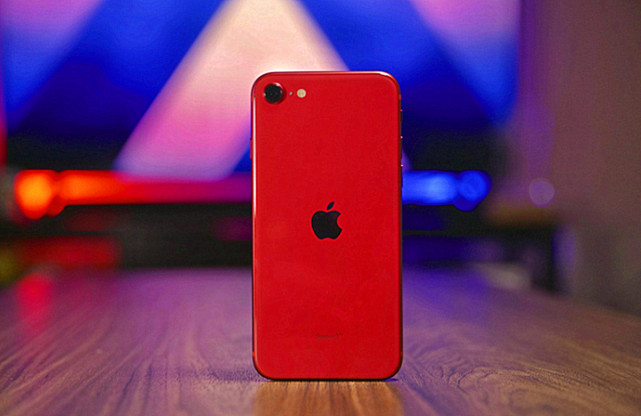 iPhone12 mini跌至3994元,还有必要等迟迟不来的SE系列吗?