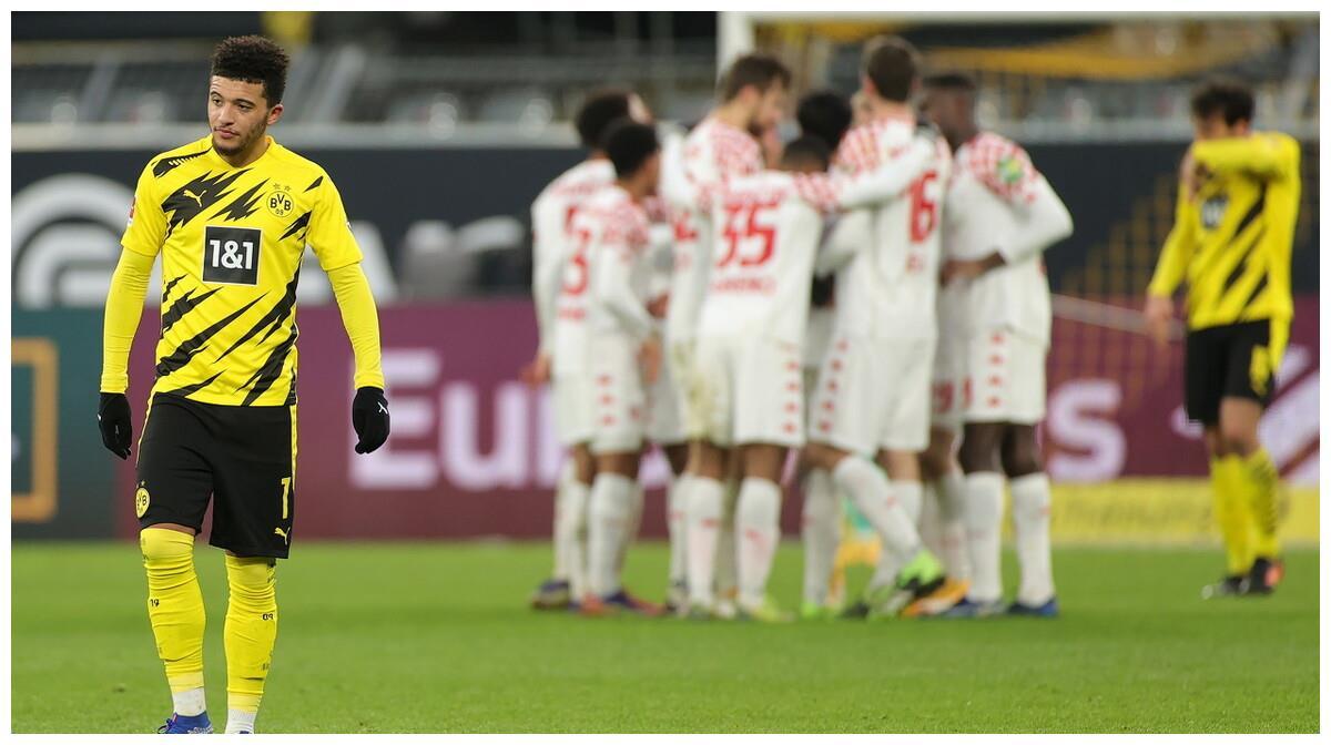 曼联终于以8500 万欧元签下了桑乔,年薪1300万英镑