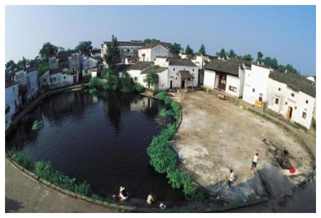 浙江最独特的古村,按照九宫八卦的布局建造,诸葛亮后人在此隐居