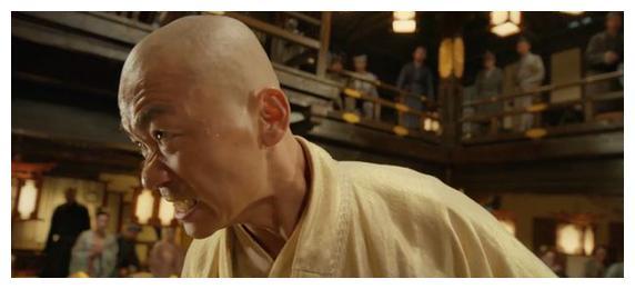 """释小龙电影下架,许绍雄电影票房2万,陈思诚的""""预言""""正在成真"""