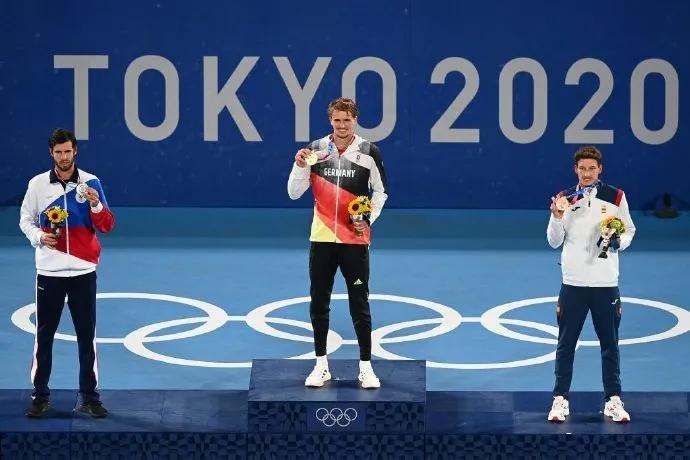 奥运会网球比赛综述:本西奇说金牌属于费德勒,德约父亲再发声