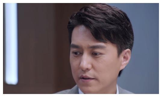 靳东新剧斩获热度第一,女配角却成败笔,网友吐槽演员带资进组