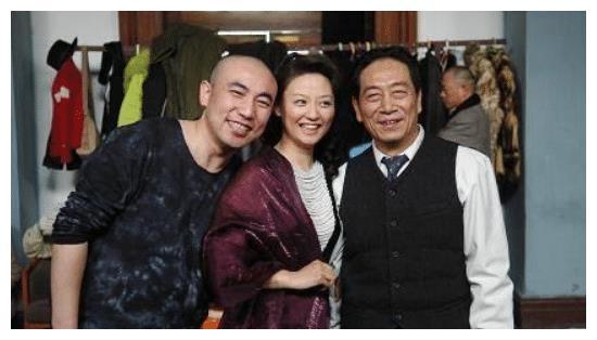 75岁王奎荣近照,身体硬朗精神十足,38岁老婆为他生下2胎