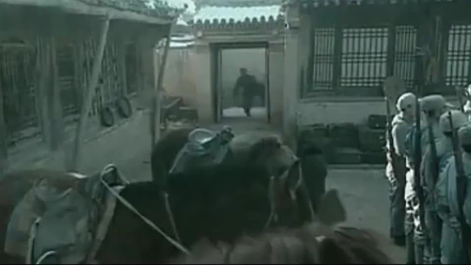 亮剑:都是去给魏和尚报仇,来看看新老亮剑的对比!