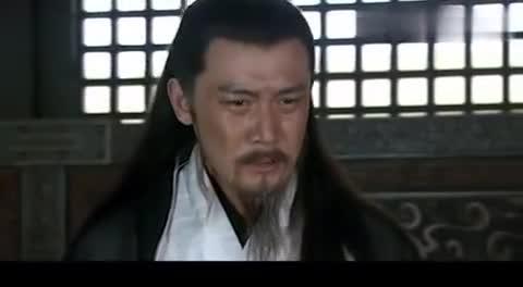 孔明,二十多年积攒兵马,要毁于一旦,命马良护送刘备逃往白帝城