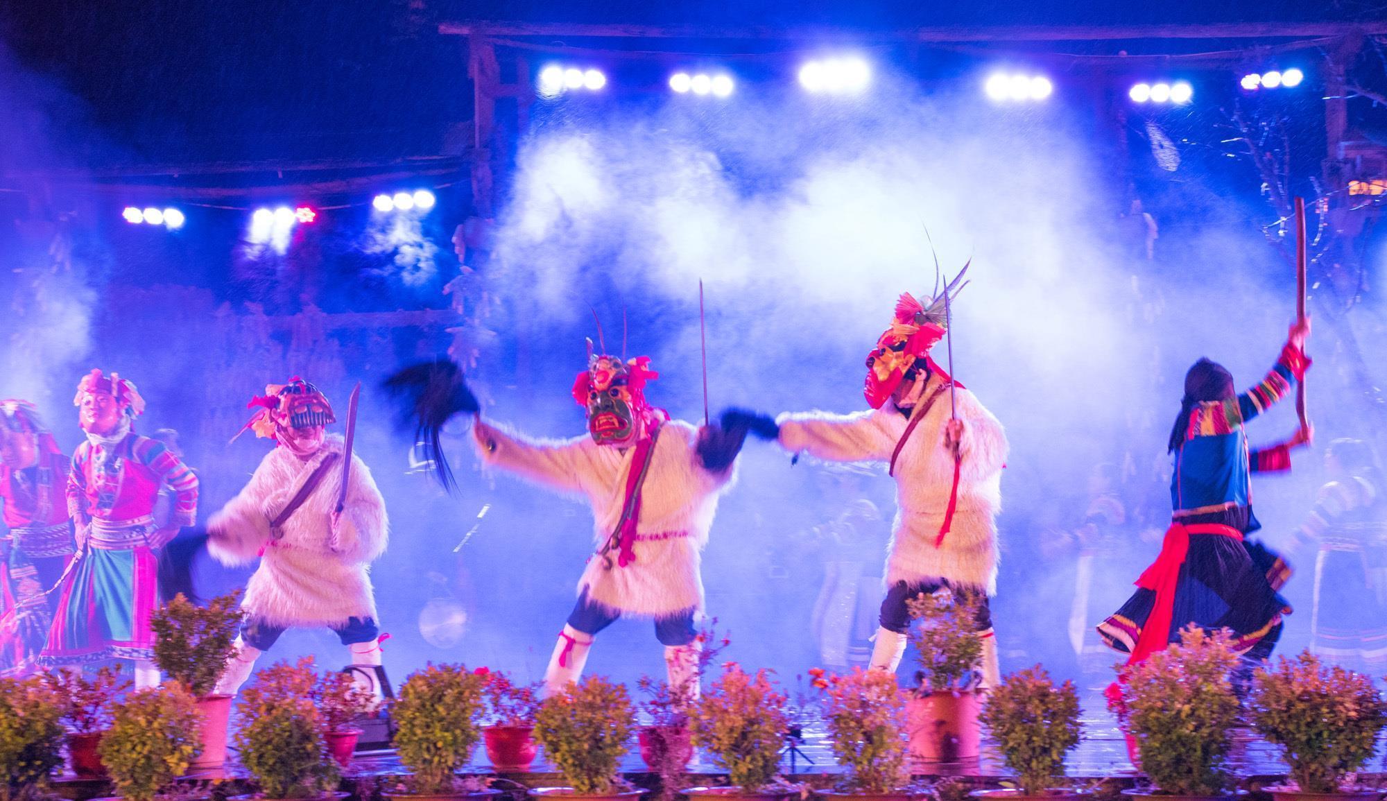 """甘肃陇南藏着一个古老而神秘的民族,被誉为""""东亚最古老的部族"""""""