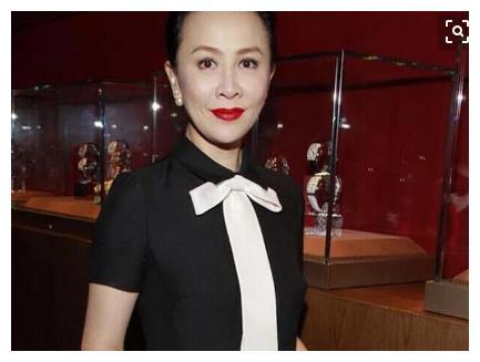 52岁的刘嘉玲终于喜当妈妈,比梁朝伟帅气,网友:圆母亲梦