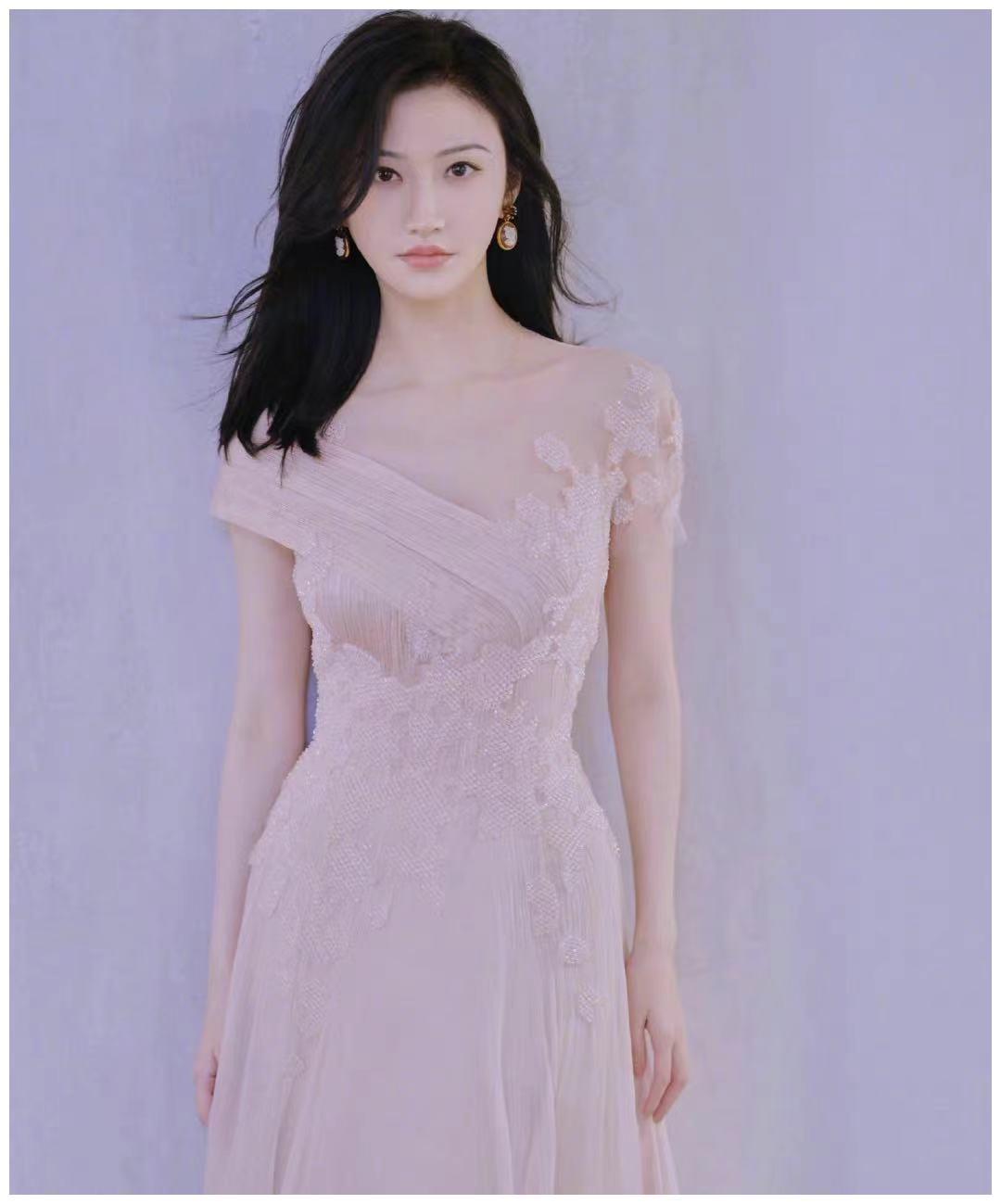 景甜樱花粉长裙, 甜美迷人,更显优雅
