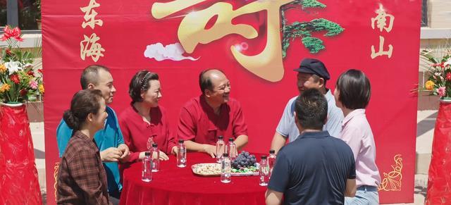 王亚彬回应辞演乡村爱情原因,成绩和王小蒙无关,网友喊她去浪姐