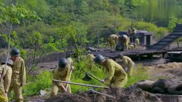 营长贪污军费用竹条修碉堡,旅长大怒,把他关在里面用重炮检验