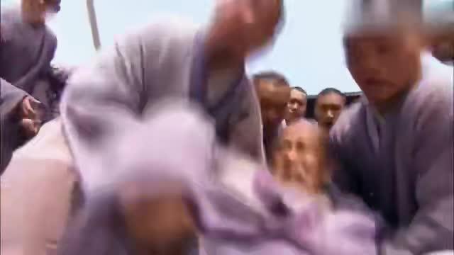 天龙八部:鸠摩智要一人挑战少林寺,不料虚竹一出手,他立马怂了