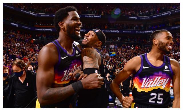 NBA最新夺冠赔率:太阳压雄鹿高居首位 快船逊色老鹰垫底