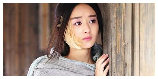 8位女星穿古装灰衣造型,赵丽颖可怜,刘诗诗气质,而她十分俏皮