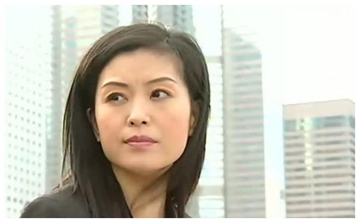 她20岁走红嫁大30岁富商,2星期守寡继承上亿遗产,如今再嫁豪门