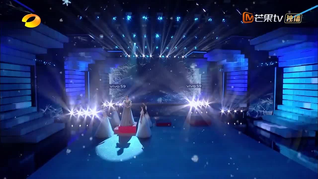 中文版《冰雪奇缘》主题曲原唱强势来袭,一开口画面感扑面而来