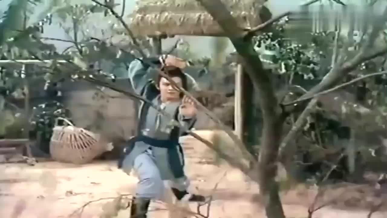 83版射雕:黄蓉说自己是黄老邪的女儿,洪七公听完太高兴了!