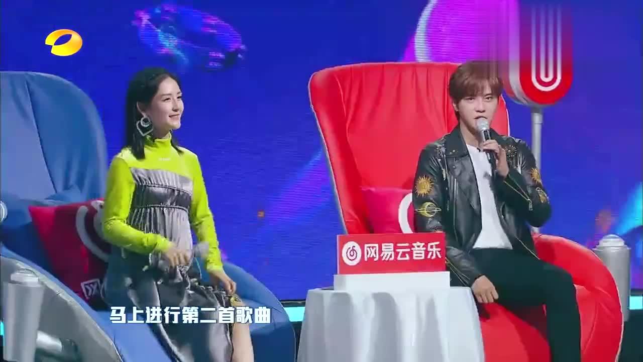 王嘉尔巴比龙不是任何人都能唱的重庆小伙翻唱被观众转下台