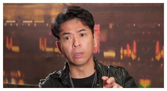 56岁郭政鸿自曝当年离巢TVB原因,因身边同事逐渐离开,感到孤独