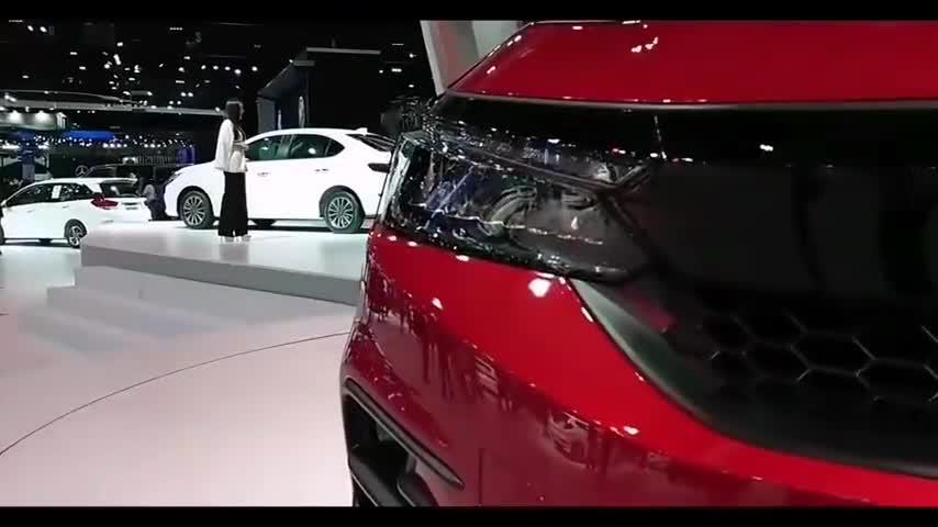 视频:本田锋范RS这样拍出来更加运动帅气!