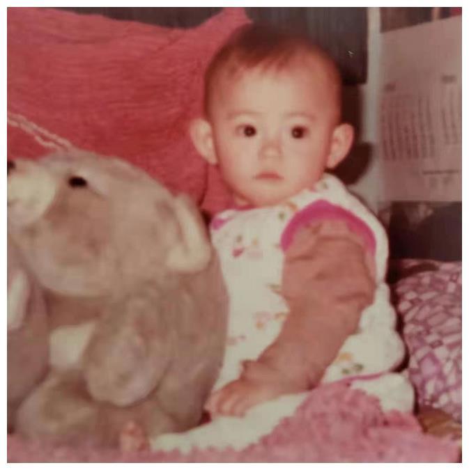 张柏芝从小美到大,童年旧照曝光,从15岁开始颜值进入巅峰