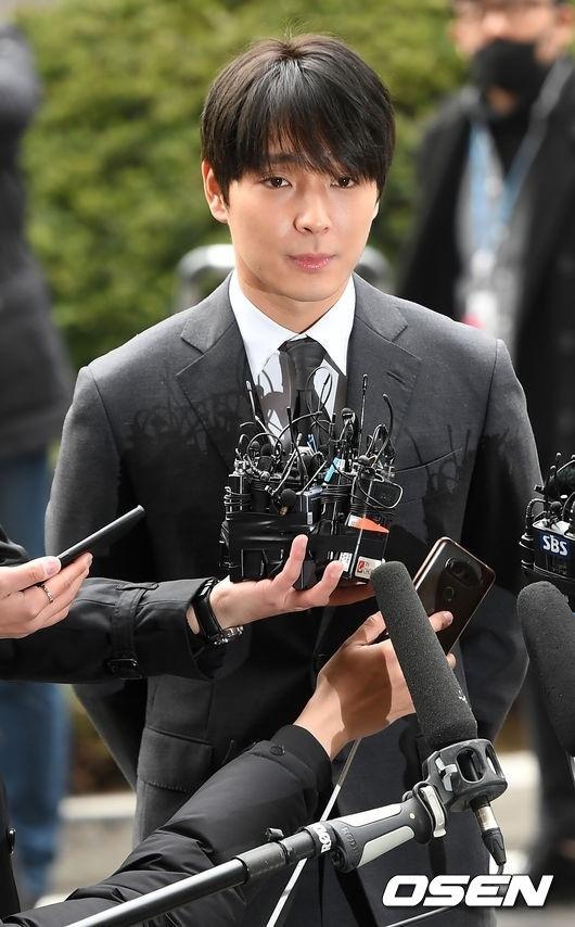 前FTISLAND崔钟勋涉嫌非法摄影、行贿 今天(3月27日)出席一审公审