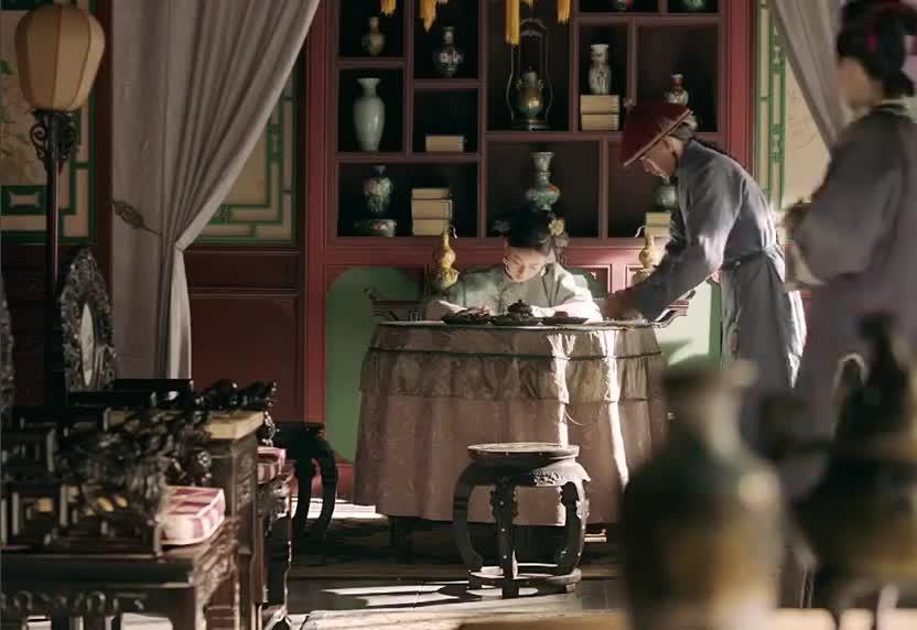 延禧攻略:璎珞听说皇上对新妃嫔,宠爱至极,立马回宫夺宠