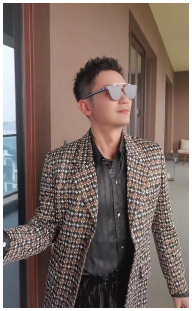 李晨被传和范冰冰复合,他发视频谈失恋感受,疑辟谣结婚传闻
