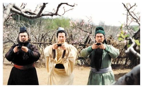 刘备饰演者孙彦军,从采油工人到国家一级演员,少年凄苦晚年俭朴