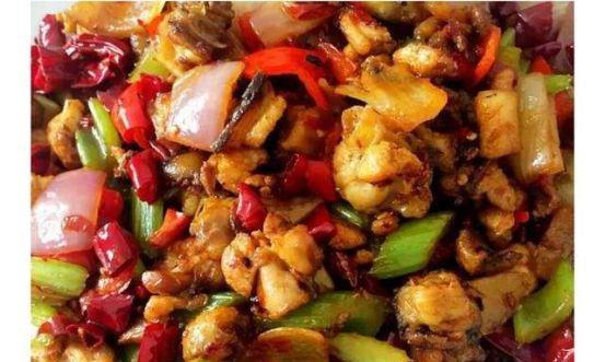 美食推荐:洋葱辣子鸡,辣子鸡,便捷木须肉,花菇栗子焖鸡翅做法