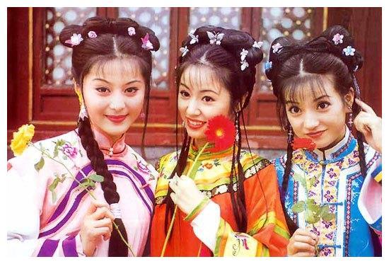 五阿哥小燕子有4个孩子,都出生在云南,为什么没有一个生在皇宫