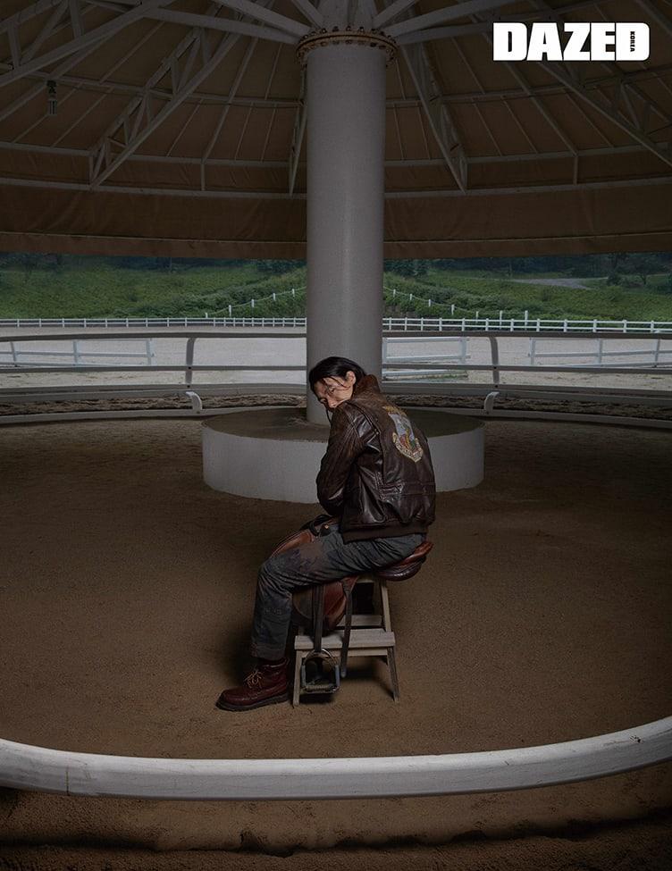 柳俊烈写真谈及即将上映的电影《外星人》与绿色和平韩国无塑料运动等