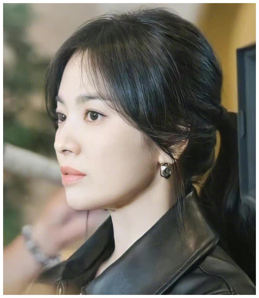 宋慧乔离婚后又一新剧,状态依然少女,网友:又要换男友了!