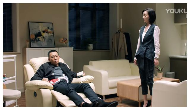 《重生》中的秦驰和夏雨瞳,像极了《无间道》版的梁朝伟和陈慧琳