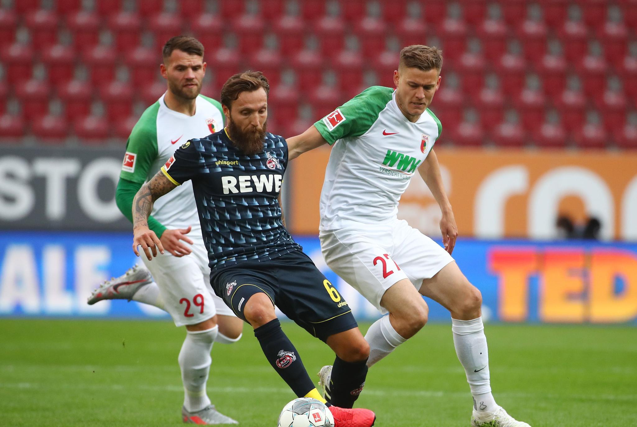 足球——德甲联赛:奥格斯堡战平科隆