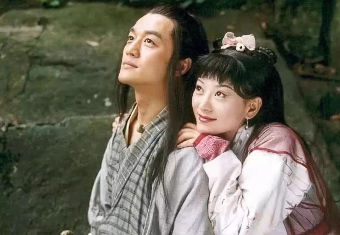 笑傲江湖:令狐冲总是想着小师妹,任盈盈有没有吃醋?