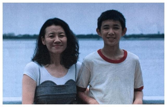 """""""盛家大娘子""""刘琳:被导演喊去救场成就经典,如今47岁戏约不断"""