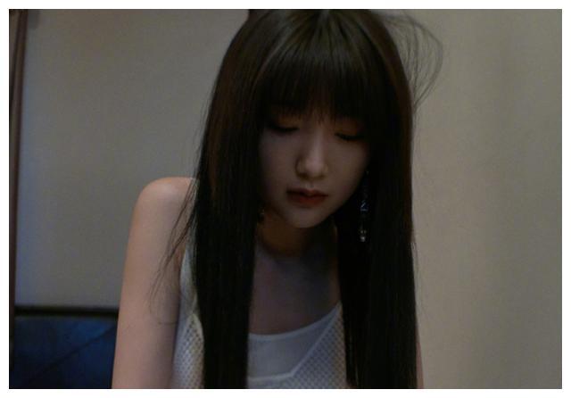 毛晓彤长发的样子造型怎么样 毛晓彤陈翔分手后发展如何